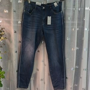 Judy Blue mid rise skinny side pipe jeans 18w NWT